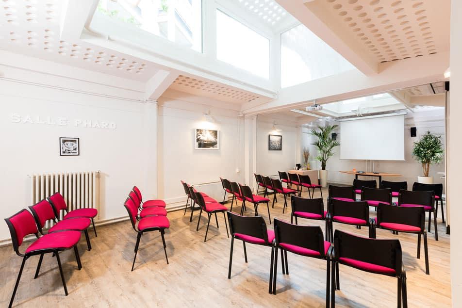 Louez une salle de formation à Paris pour entreprise | Espace George V - World Trade Center Marseille