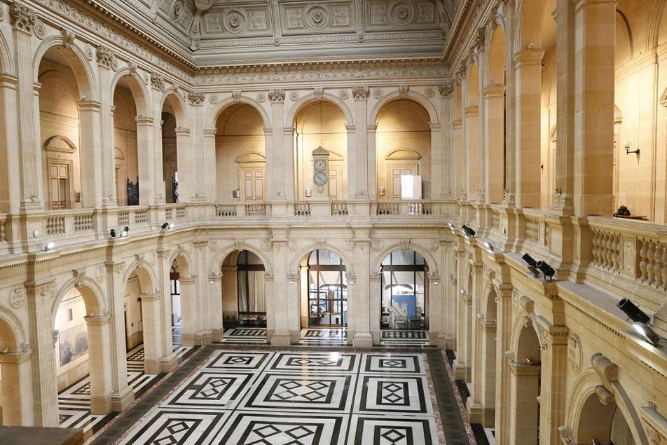 Location d'une salle pour votre soirée de gala à marseille | Palais de La Bourse - World Trade Center Marseille Provence