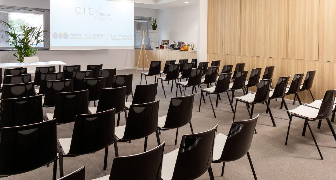 Louez une salle de formation tout équipée à Marseille 13001