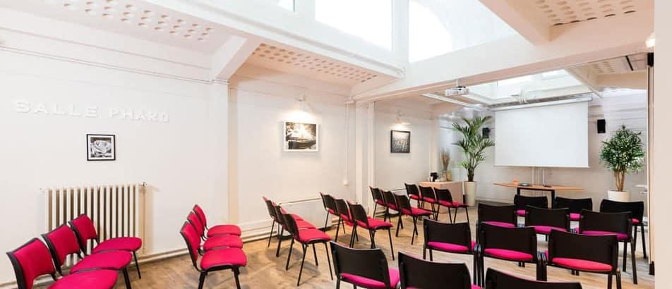 Salle de réunion équipée en plein coeur de paris près des Champs Elysées
